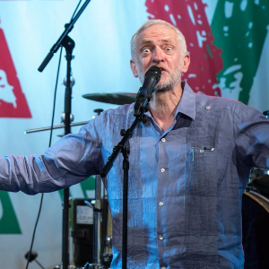 Jeremy Corbyn brilliantly threw shade on Theresa May