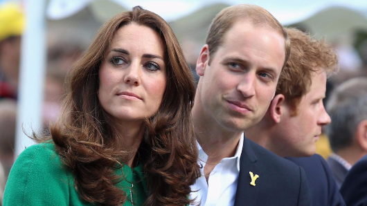 Prince William demands payout for nude Kate's pictures