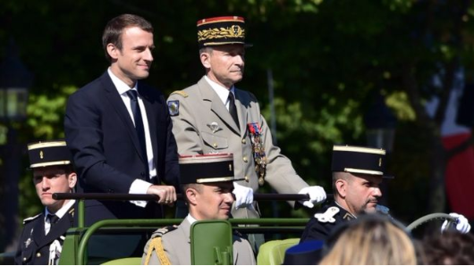 French military head de Villiers quits over cuts