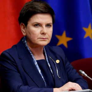 Poland fights for court reforms