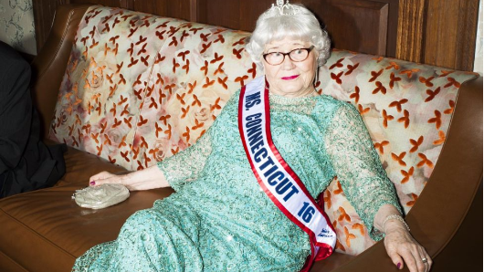 The extraordinary life of a 91-year-old beauty queen