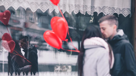 These are 8 warning signs that your relationship is about to fail