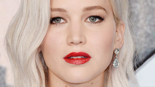 Jennifer Lawrence opens up about dating Black Swan director Darren Aronofsky