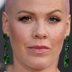 Pink reveals that she's 'made amends' with Christina Aguilera