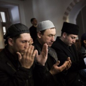 Crimea's Muslim Tatars allege systematic Russian oppression