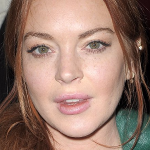 Lindsay Lohan defends Harvey Weinstein amid sexual assault scandal
