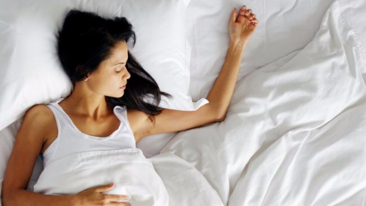 Why your weekend sleep-in is bad for you