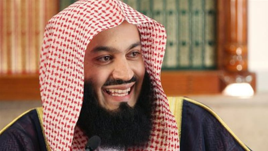 Singapore bans Mufti Menk from entering country