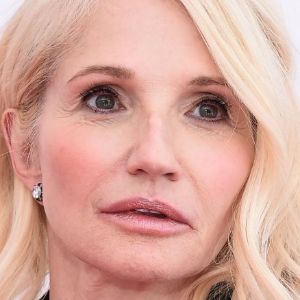 Ellen Barkin scares off burglar during home invasion