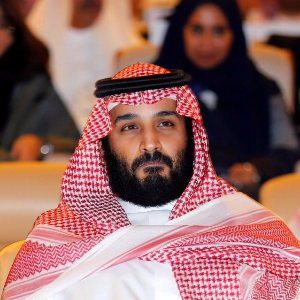 Future Saudi king tightens grip on power