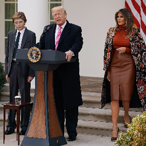 Trump pats self on back on Thanksgiving