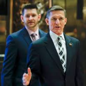 Flynn's lawyers cut talks with Trump team, signaling Mueller cooperation