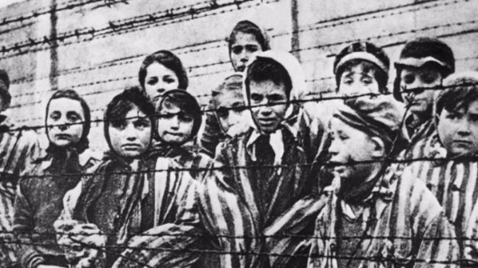 Sickening Auschwitz note decoded