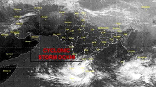 India cyclone: 105 fishermen still missing
