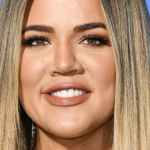 Khloe Kardashian finally confirms pregnancy