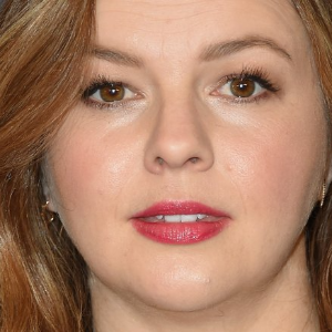 Amber Tamblyn calls out Rose McGowan for 'taunting' women in entertainment