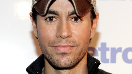 Enrique Iglesias and Anna Kournikova welcome twins