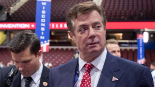 Manafort sues over Russia probe