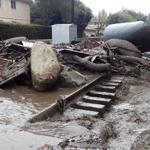 California mudslides toll expected to rise
