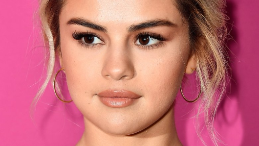 Selena Gomez unfollows Demi Lovato and more in shocking Instagram move