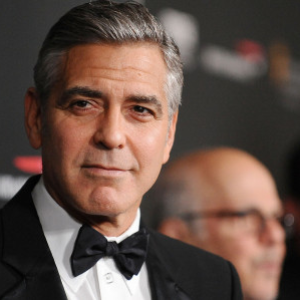 Clooney to direct, star in 'Catch-22'