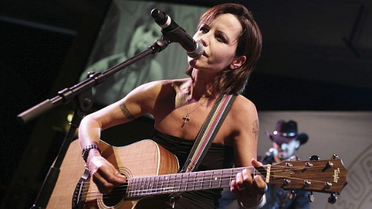 Voice of The Cranberries dies at 46